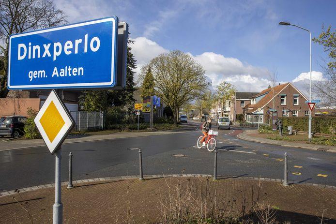 Ter illustratie: de grensmarkering tussen het Achterhoekse grensdorp Dinxperlo en het Duitse buurdorp Suderwick.