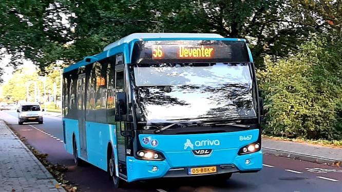 Arriva heft directe buslijn 56 tussen Borculo en Deventer op; reiziger wacht duurdere reis via Zutphen