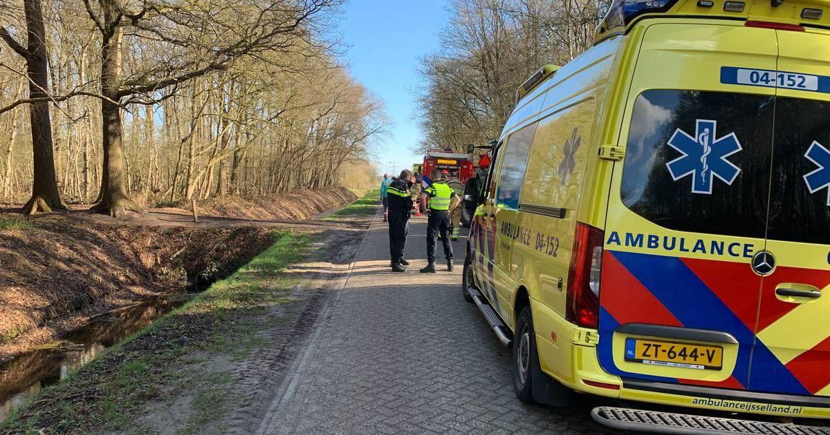Man uit Hollandscheveld overleden in Schuinesloot na ongeval met tractor.