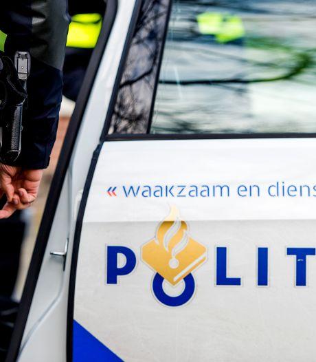 Politie en gemeente vinden hennepkwekerijen in Den Bosch: ook een auto in beslag genomen