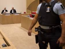 'Mitch Henriquez mishandeld, maar agenten niet schuldig aan dood'