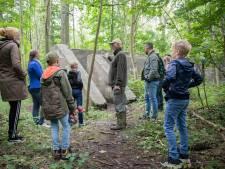 Bunkers in besloten Slotbos bij Burgh-Haamstede blijven hun aantrekkingskracht houden