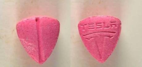 Politiek wil meer testen op drugs na incident met Tesla-pil: 'Net Russisch roulette'
