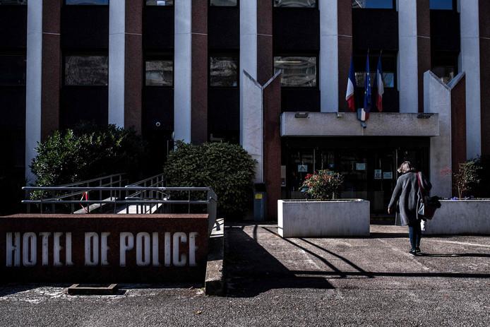 Het politiebureau in Lyon waar de verdachten vast zaten.