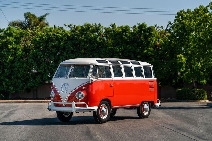 Generatie T1 kent vele gedaantes. Deze zogenoemde 'Sambabus' met 23 raampjes is zeer gewild.