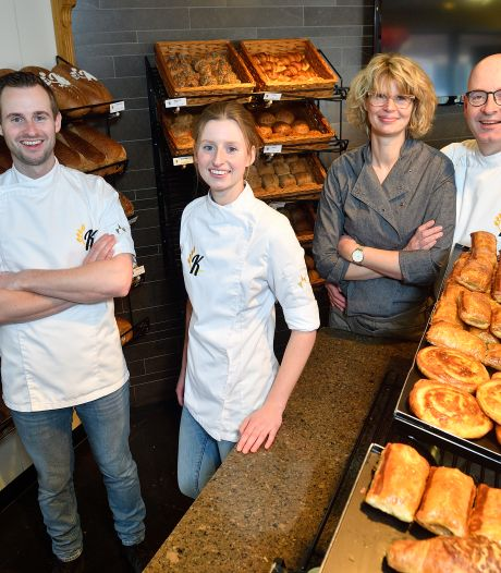 Vader, moeder, zoon en dochter staan elke dag samen in deze Hooglandse bakkerij