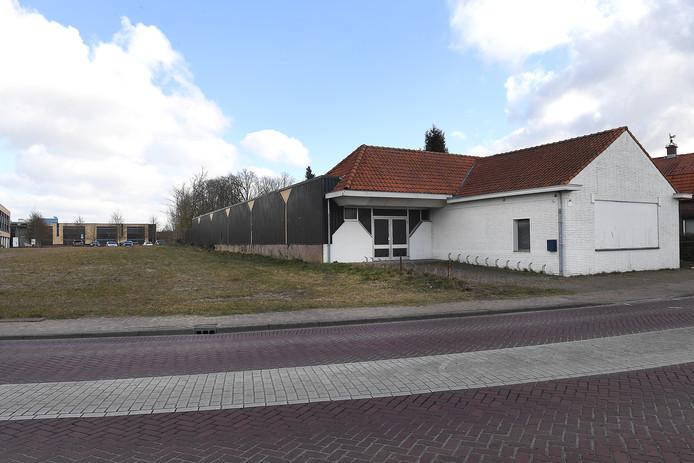 Supermarkt Jan Linders gaat de voormalige Edah aan de Breestraat in Sint Anthonis slopen en er een nieuwe winkel neerzetten.