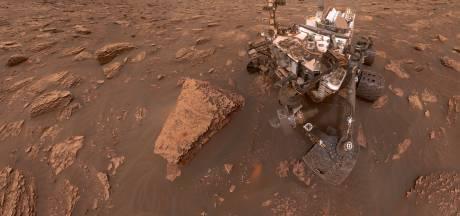 Le rover Curiosity capture d'étonnants nuages brillants sur Mars