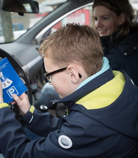 Tientallen waarschuwingen uitgedeeld bij controle betaald parkeren Raalte