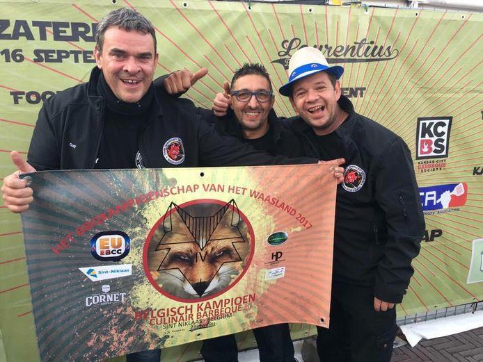 Guy De Locht, Geert van der Avoort en Giorgo De Francesco BBQ'en nog maar een goed jaar samen.