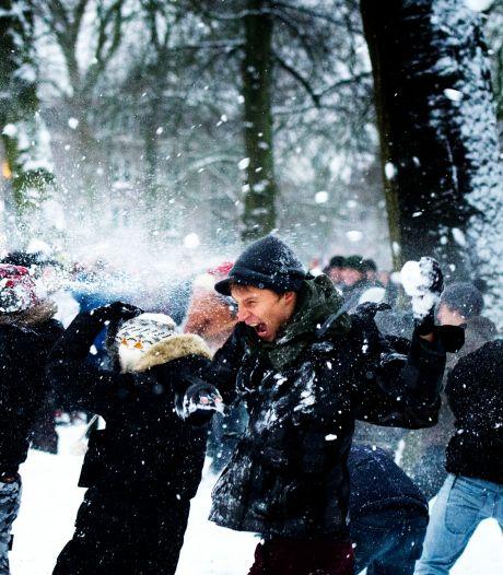 Rijksoverheid: Alléén sneeuwballengevecht met eigen huishouden of één vriend