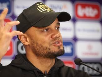 """Cruciale matchen volgen elkaar in sneltempo op voor Kompany en Anderlecht: """"Niet de indruk dat mijn groep nerveus is"""""""