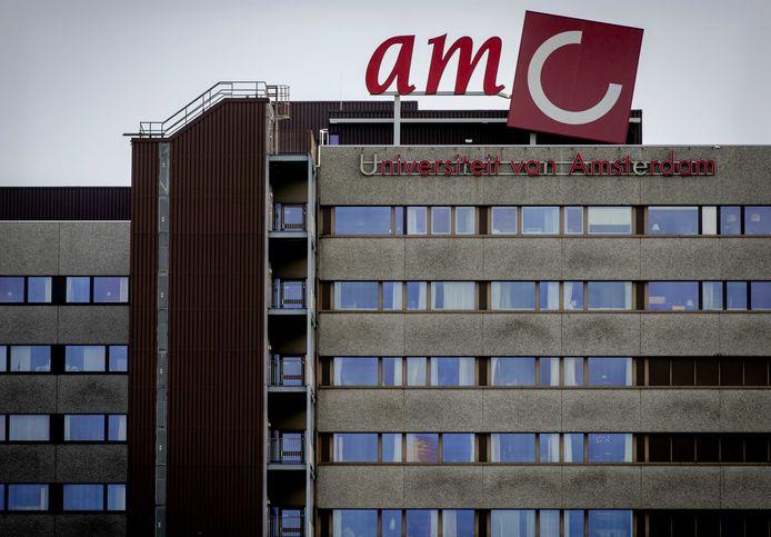Het gebouw van Amsterdam UMC, locatie AMC .
