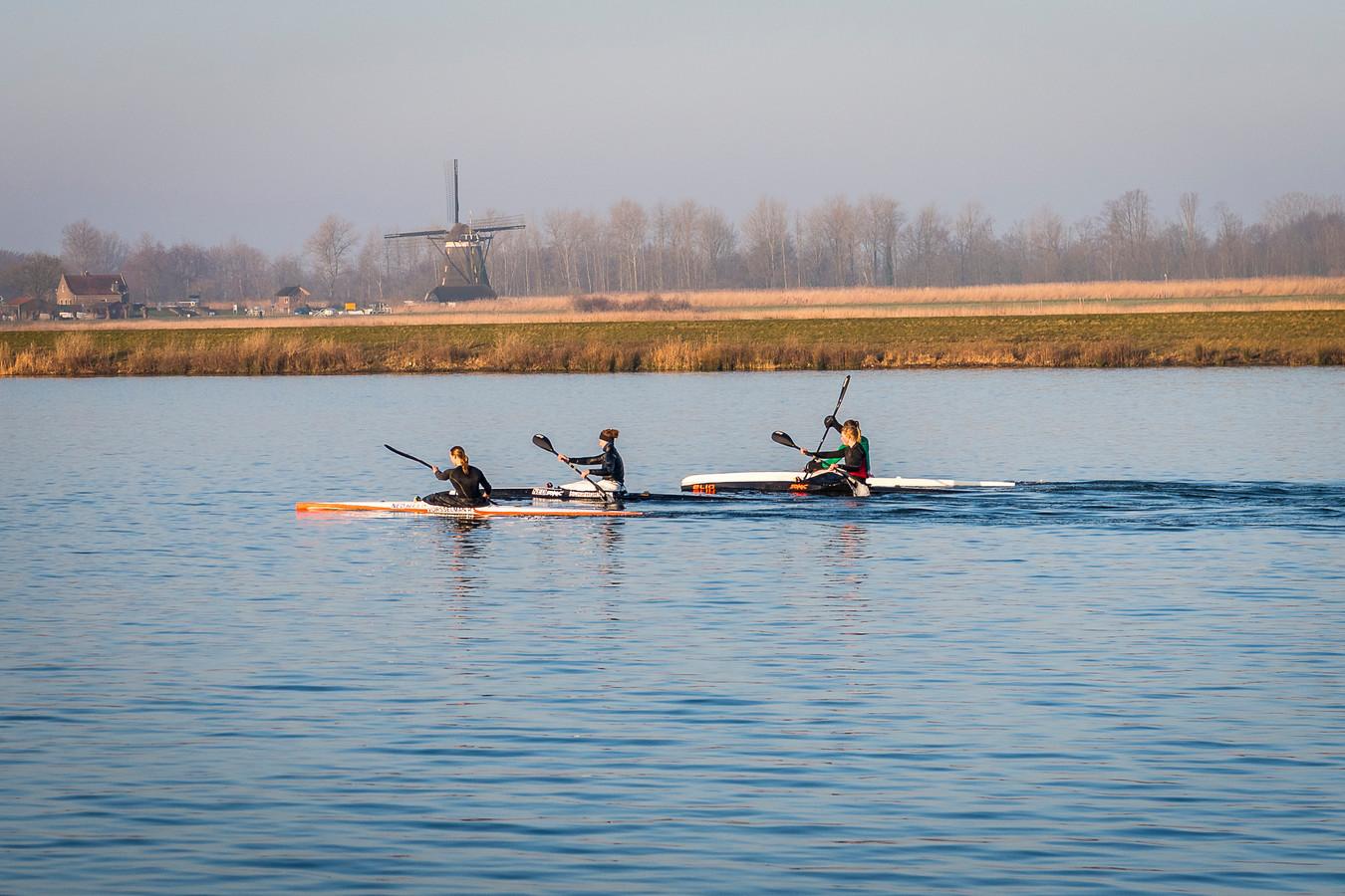 De Nederlandse kanosprinters hebben sinds deze week 'Rotterdam' als trainingsplek. De Willem-Alexander Baan  in Zevenhuizen is voor zeker vier jaar het decor voor deze Olympische tak.