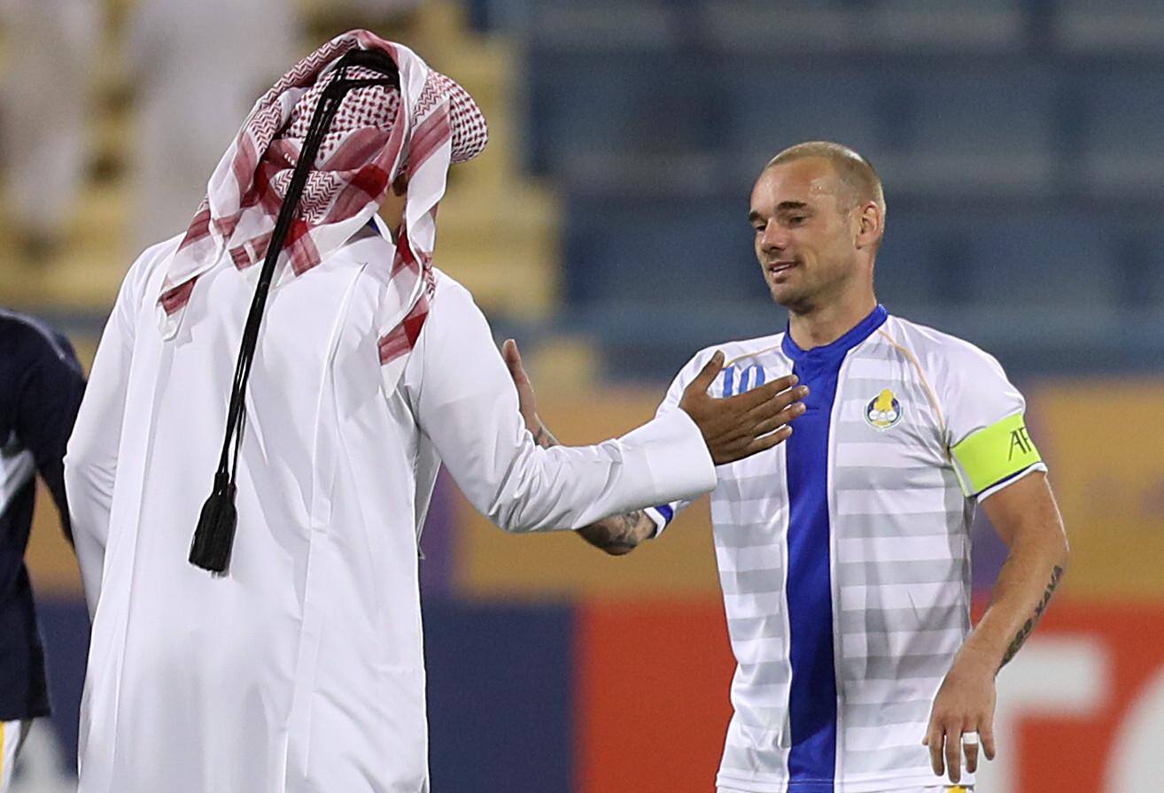 Wesley Sneijder na een wedstrijd voor zijn club Al-Gharafa uit Qatar.