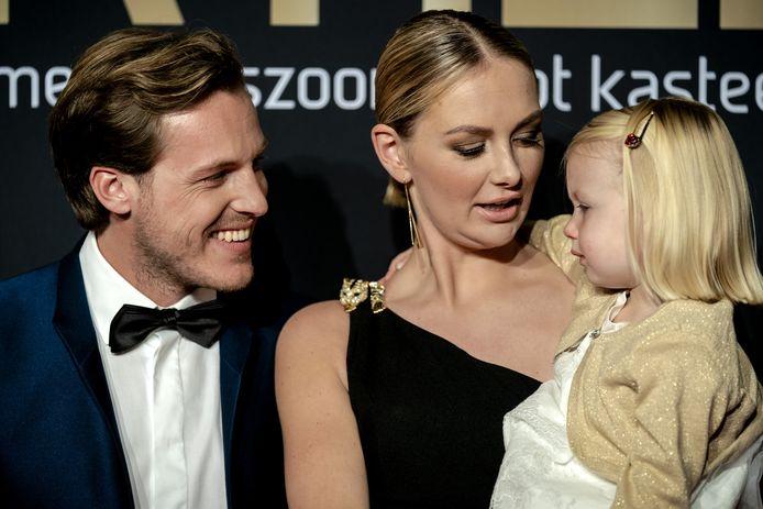 Maxime Meiland met vriend Leroy en dochter Claire.