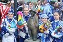 CARNAVAL HALLE - Aankleden Kleine Vaantjesboer
