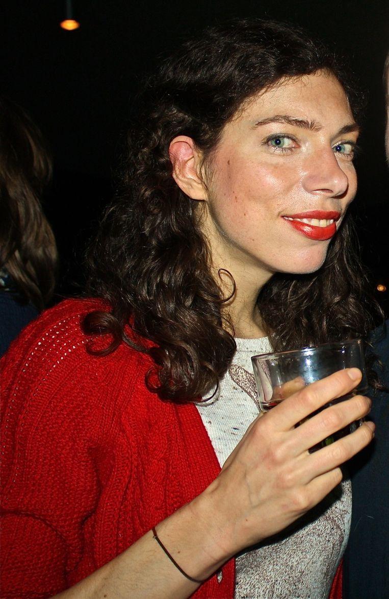 Schrijfster Hannah Bervoets houdt van het ongedwongen Lebowskisfeertje. Beeld null