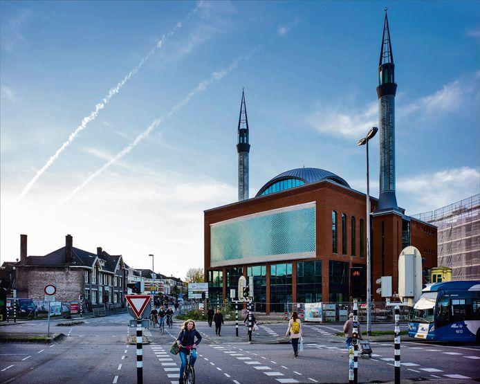 De Utrechtse Ulumoskee roept elke dag via luidsprekers op tot het gebed