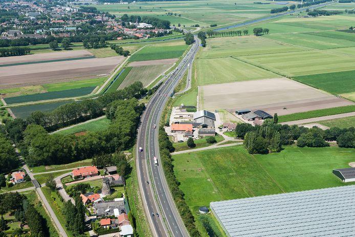 De Baardwijkse Overlaat tussen Waalwijk en Drunen, gezien vanuit de lucht.