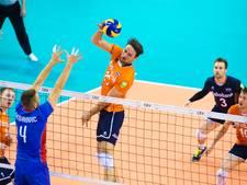 Koelewijn schrijft  in Apeldoorn 'stukje volleybalgeschiedenis' met Oranje