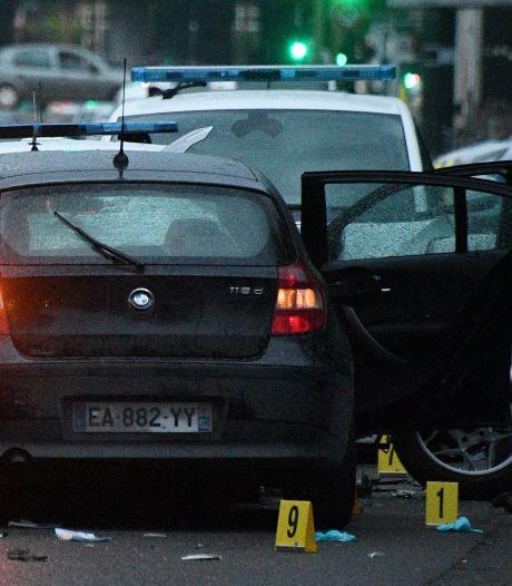 Man (29) rijdt opzettelijk twee Franse agenten aan