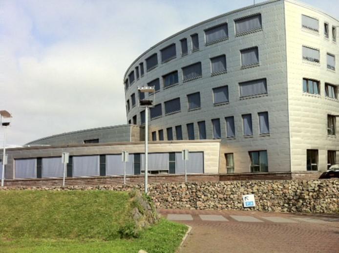 Het gemeentehuis van Schouwen-Duiveland in Zierikzee.