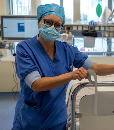 Bril, kunstgebit en gehoorapparaat mogen voortaan mee de operatiekamer in