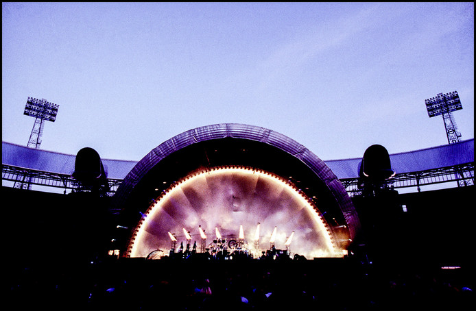 Pink Floyd treedt op in een uitverkochte Kuip, 1994