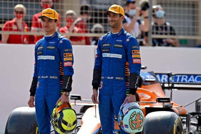 Daniel Ricciardo (r) samen met Lando Norris.