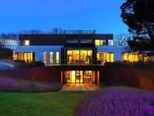 Binnenkijken bij Brabantse villa van 11 miljoen met 'hoog James Bond-gehalte'