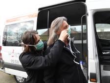 Wegvallen kroegtijger en vliegreiziger heeft Tilburgse taxiwereld hard geraakt: 'Ik hoop dat we het uitzingen'