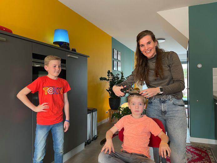 Wendy heeft al voor thuiskapper gespeeld bij zoons Luca en Dex.