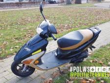 Roekeloze scooterrijder zorgt voor opschudding tijdens Sinterklaasintocht in Etten-Leur