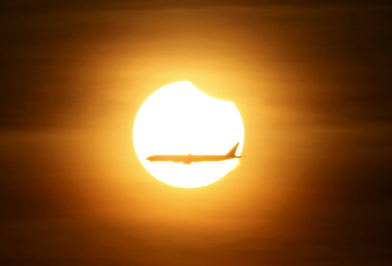 De gedeeltelijke zonsverduistering zal morgen prima te zien zijn, wie hem mist moet wachten tot 25 oktober 2022.