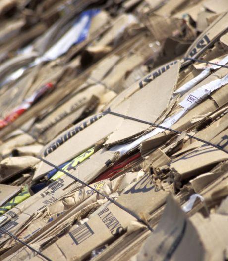 Kliko's voor oud papier bij hoogbouw op Tholen staan in de weg, oplossing blijkt vaak lastig
