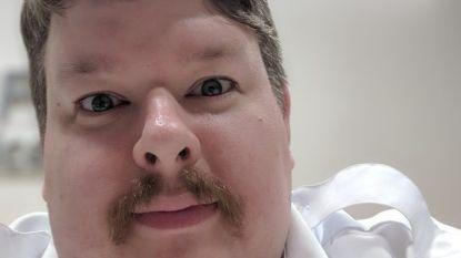 Deze man werd ster op internet door vieze gewoonte te filmen. En nu is hij werk kwijt