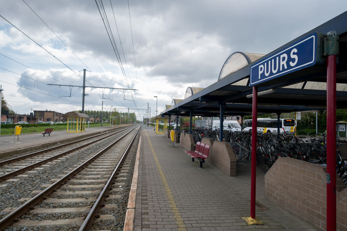 Treinstation van Puurs