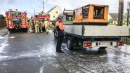 Machine op rijdende vrachtwagen brandt uit