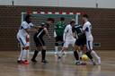 Rachid Boughalab (7) en Cihan Özcan worstelen zich door de defensie van FC Marlène
