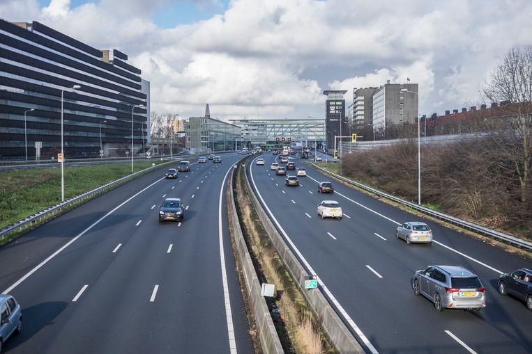 Ring A10 west Amsterdam, Bos en Lommer. Beeld Julie Hrudova/HH