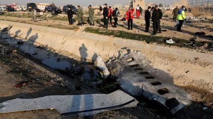 """176 doden bij vliegtuigcrash in Iran, Oekraïense president wil """"verantwoordelijken voor catastrofe"""" vinden"""