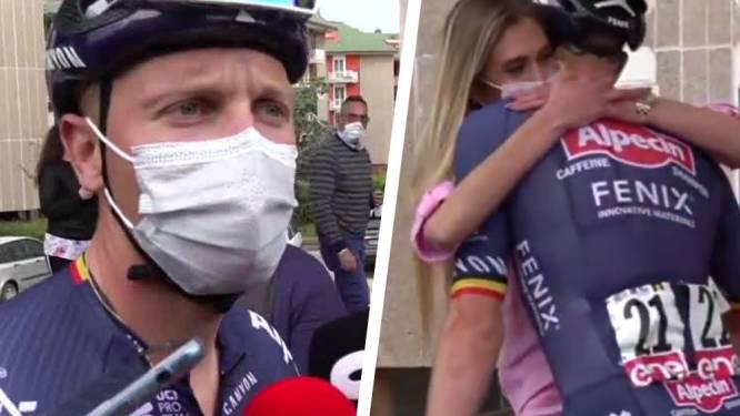 """Tim Merlier spurt derde in Termoli, recht in de armen van lief Cameron: """"Leuke verrassing"""""""