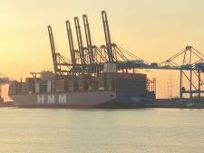Grootste containerschip ter wereld komt aan in Antwerpse haven