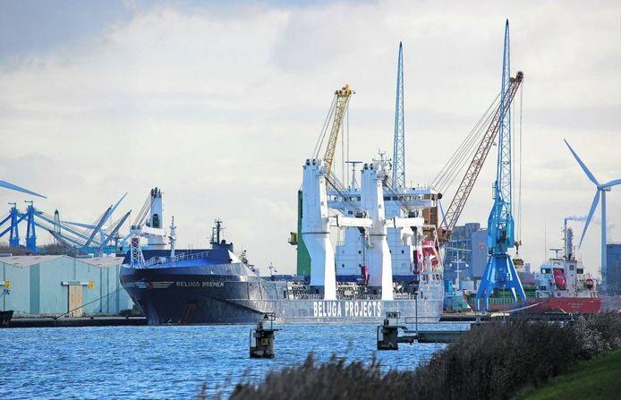 De haven van Terneuzen.