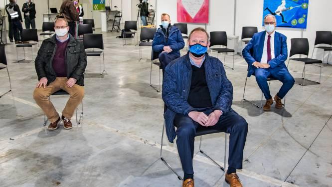 """Vaccinatiecentrum Noorderkempen geraakt stilaan op kruissnelheid: """"Klaar om 7 dagen op 7 te vaccineren"""""""