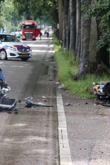 Motorrijder klapt frontaal op auto in Ede