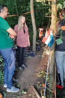 Met de wethouder langs de daklozen in het park: 'Mijn droom? Een huis en een baan'