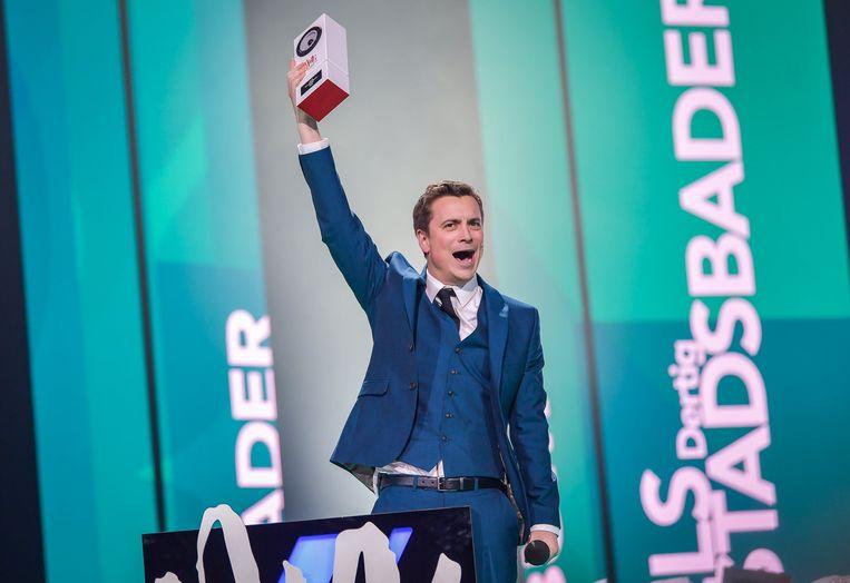 Niels Destadsbader wint een MIA.