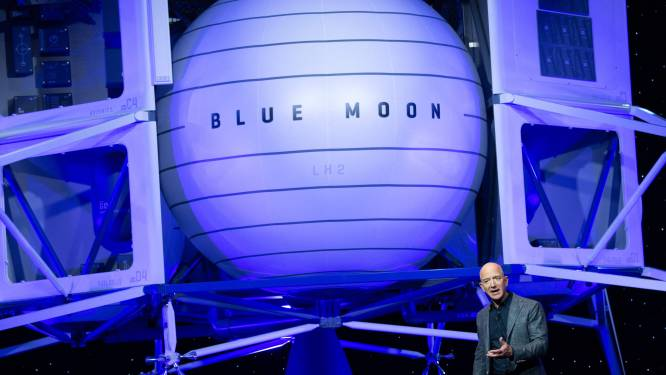 Jeff Bezos tekent met zijn ruimtevaartbedrijf Blue Origin protest aan tegen keuze NASA voor SpaceX